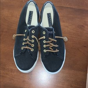 SPERRY SLIP ONS SIZE 6